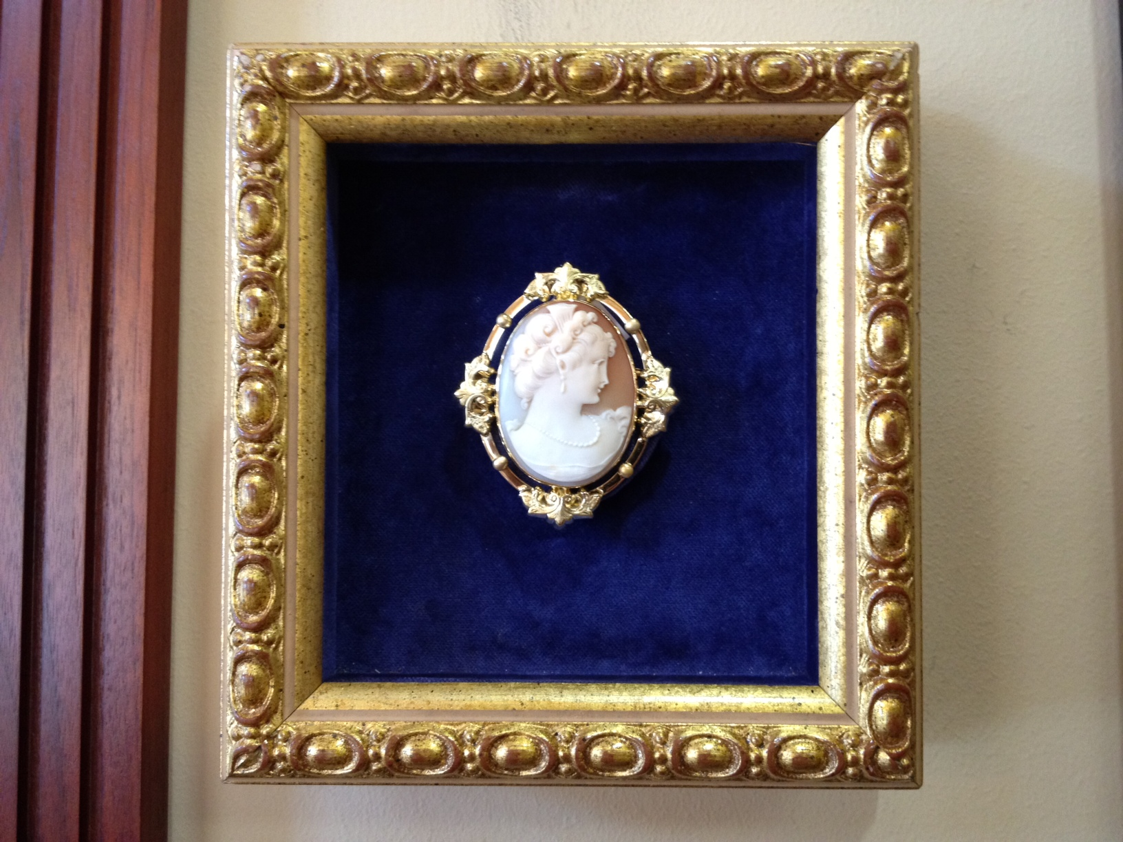 refurbish-page-cameo-6